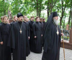 Жители Витебска молитвенно почтили память погибших в Великой Отечественной войне