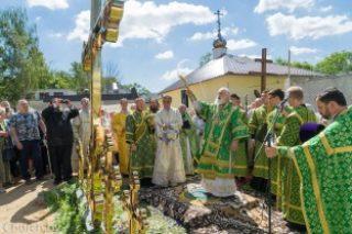 Патриарший Экзарх совершил Литургию в храме в честь святителя Луки в городе Минске