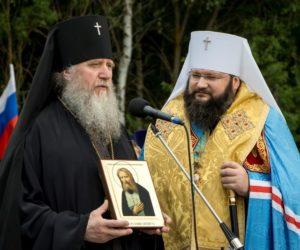 XV Международный Одигитриевский крестный ход из Витебска прибыл на Смоленщину
