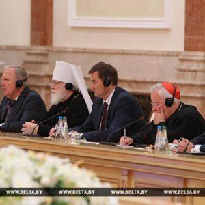 Патриарший Экзарх всея Беларуси принял участие во встрече Президента Республики Беларусь с участниками пленарного заседания Совета епископских конференций Европы