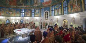 В Сретенском монастыре молитвенно почтили память священномученика Илариона, архиепископа Верейского