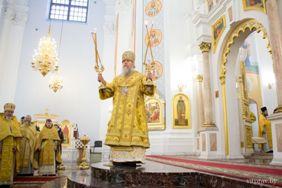 6 декабря в Свято-Успенском кафедральном соборе Витебска была совершена Божественная литургия по случаю 25-летия епархии
