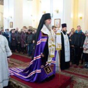 Архиепископ Димитрий возглавил ежегодный соборный Рождественский молебен
