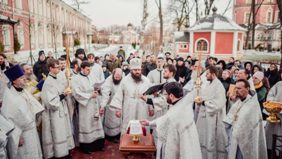 Великое освящение храма Архистратига Божия Михаила в Донском монастыре
