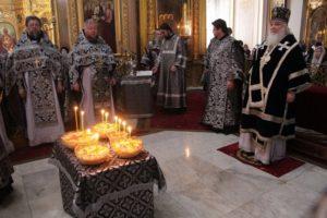 В Богоявленском кафедральном соборе молитвенно почтили память Святейшего Патриарха Алексия II