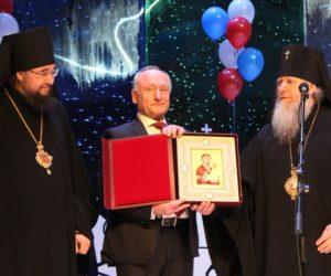 Высокопреосвященнейший Димитрий, архиепископ Витебский и Оршанский, принял участие в торжественной церемонии открытия Года волонтера в России и Года гражданского согласия в Югре.