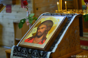 В двух витебских храмах Литургию Преждеосвященных Даров совершили в вечернее время