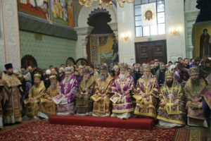 Митрополит Истринский Арсений возглавил в Екатеринбурге торжества по случаю праздника Державной иконы Божией Матери