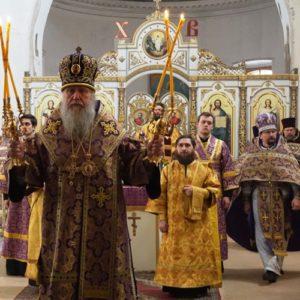 18 марта в Неделю 4-ю Великого поста прп. Иоанна Лествичника Высокопреосвященнейший Димитрий, архиепископ Витебский и Оршанский, совершил Божественную литургию в храме св.великомученицы Ирины в Покровском.