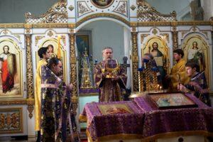 25 марта в Неделю 5-ю Великого поста преподобной Марии Египетской Высокопреосвященнейший Димитрий, архиепископ Витебский и Оршанский, возглавил Божественную литургию в храме св.великомученицы Ирины