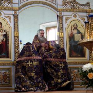 3 апреля, в Великий вторник, Высокопреосвященнейший Димитрий, архиепископ Витебский и Оршанский, возглавил литургию Преждеосвященных Даров в храме св.Ирины.