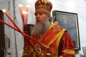 В среду Светлой седмицы Высокопреосвященнейший Димитрий, архиепископ Витебский и Оршанский, возглавил Божественную литургию и крестный ход в храме св.Ирины.