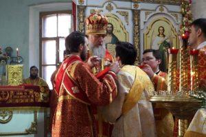 В среду Светлой седмицы Высокопреосвященнейший Димитрий, архиепископ Витебский и Оршанский, возглавил Божественную литургию и крестный ход в храме св.Ирины
