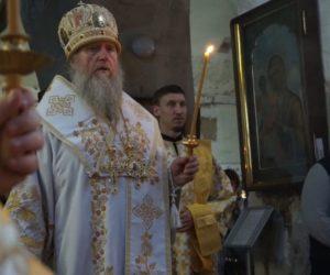 17 мая, накануне дня празднования памяти святой великомученицы Ирины, Высокопреосвященнейший Димитрий, архиепископ Витебский и Оршанский, совершил всенощное бдение в храме св.Ирины.