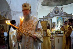 В день памяти святителя Николая Высокопреосвященнейший Димитрий, архиепископ Витебский и Оршанский, возглавил Божественную литургию в храме св.Ирины