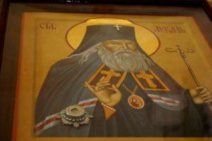 В канун празднования памяти святителя Луки Симферопольского архиепископ Димитрий возглавил полиелейную службу в храме св.Ирины