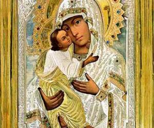 Празднование Псково-Печерской иконе Божией Матери «Умиление»