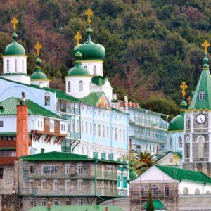 Православные святыни мира: Русский на Афоне Свято-Пантелеимонов монастырь