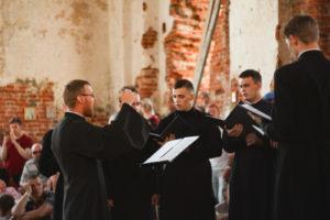 Хор студентов Витебской духовной семинарии выступил на международном фестивале «SPRAVA»