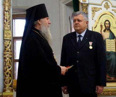 Награждение С.Л.Кандыбовича в храме св.Ирины
