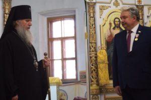 Награждение С.Н.Бабурина в храме св.Ирины