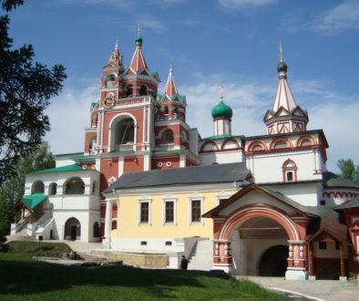 Знаменитые храмы и монастыри России. Саввино-Сторожевский монастырь