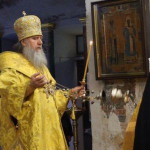 8 декабря. Всенощное бдение в храме св.Ирины возглавляет архиепископ Димитрий
