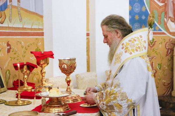 В праздник Богоявления архиепископ Димитрий совершил Божественную литургию в Свято-Успенском кафедральном соборе г.Витебска