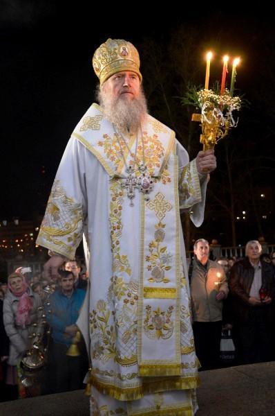 Настоятель храма святой Ирины архиепископ Витебский и Оршанский Димитрий
