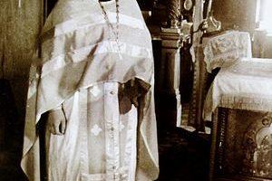«ЖИЗНЬ НАША ХРИСТИАНСКАЯ ДОЛЖНА ПОКРЫВАТЬ ВСЁ И ВСЕХ ЛЮБОВЬЮ» К 50-летию священнической хиротонии отца Валериана Кречетова