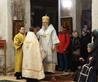 В канун Недели 33-й по Пятидесятнице архиепископ Димитрий совершил всенощное бдение в храме св.Ирины
