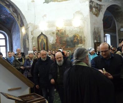 Молебен старцу Гавриилу (Ургебадзе) в храме св.Ирины