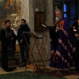 В понедельник, вторник и среду первой седмицы Великого поста архиепископ Димитрий совершил чтение канона прп.Андрея Критского в храме св.Ирины