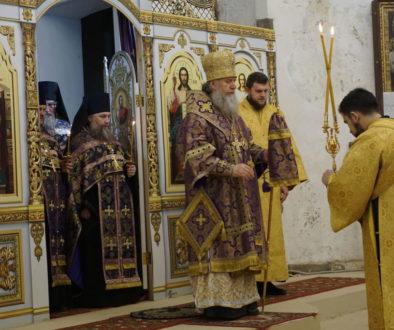 В канун Недели свт.Григория Паламы архиепископ Димитрий возглавил всенощное бдение в храме св.Ирины