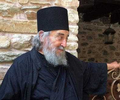 «ТЫ ЗАЧЕМ ДЛИННЫЕ ВОЛОСЫ НОСИШЬ?!» Памяти старца Григория (Зумиса)