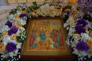 Всенощное бдение накануне празднования Входа Господня в Иерусалим в храме святой великомученицы Ирины