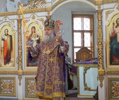 Великий Четверток: Божественная литургия и монашеский постриг в храме святой великомученицы Ирины