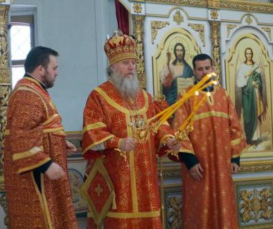 В день празднования перенесения мощей святителя Николая Чудотворца архиепископ Димитрий возглавил Божественную литургию в храме святой великомученицы Ирины
