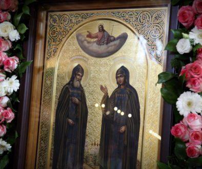 В Храме Христа Спасителя состоялись проводы мощей святых благоверных Петра и Февронии Муромских