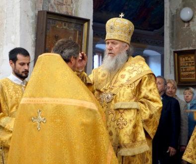 Архиепископ Димитрий возглавил всенощное бдение в храме великомученицы Ирины