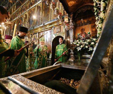 В канун дня памяти прп. Сергия Радонежского Святейший Патриарх Кирилл совершил всенощное бдение в Троице-Сергиевой лавре
