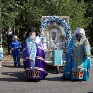 XVII Международный Одигитриевский крестный ход из Витебска прибыл на Смоленщину
