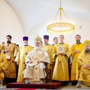В Неделю 13-ю по Пятидесятнице Святейший Патриарх Кирилл совершил Литургию в храме равноапостольной княгини Ольги в Останкине