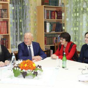 Архиепископ Витебский и Оршанский Димитрий принял участие в обсуждении перспектив женского православного движения в Белоярском
