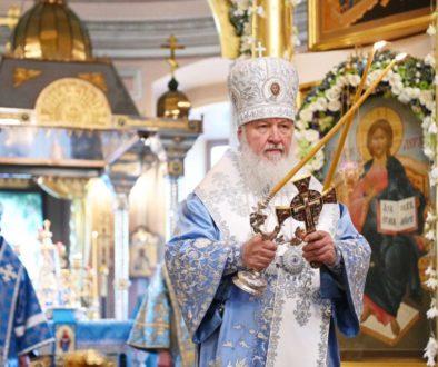 В праздник Покрова Пресвятой Богородицы Святейший Патриарх Кирилл совершил Литургию в Покровском монастыре