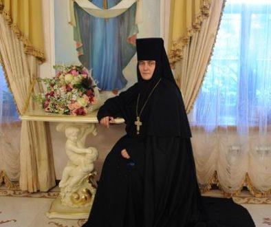 К 25-летию открытия Покровского ставропигиального женского монастыря в Москве. Игумения Феофания (Мискина)