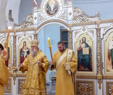 Архиепископ Витебский и Оршанский Димитрий возглавил всенощное бдение в храме великомученицы Ирины