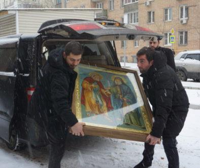 В храм великомученицы Ирины принесена чудотворная икона «Дружба русского и грузинского православных народов»
