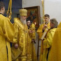 Архиепископ Витебский и Оршанский Димитрий возглавил вечернее богослужение в храме святой великомученицы Ирины г.Москвы