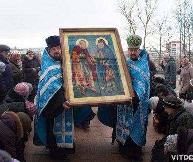 Пресс-секретарь Витебской епархии рассказал о мироточащей иконе преподобных Гавриила (Ургебадзе) и Серафима Саровского